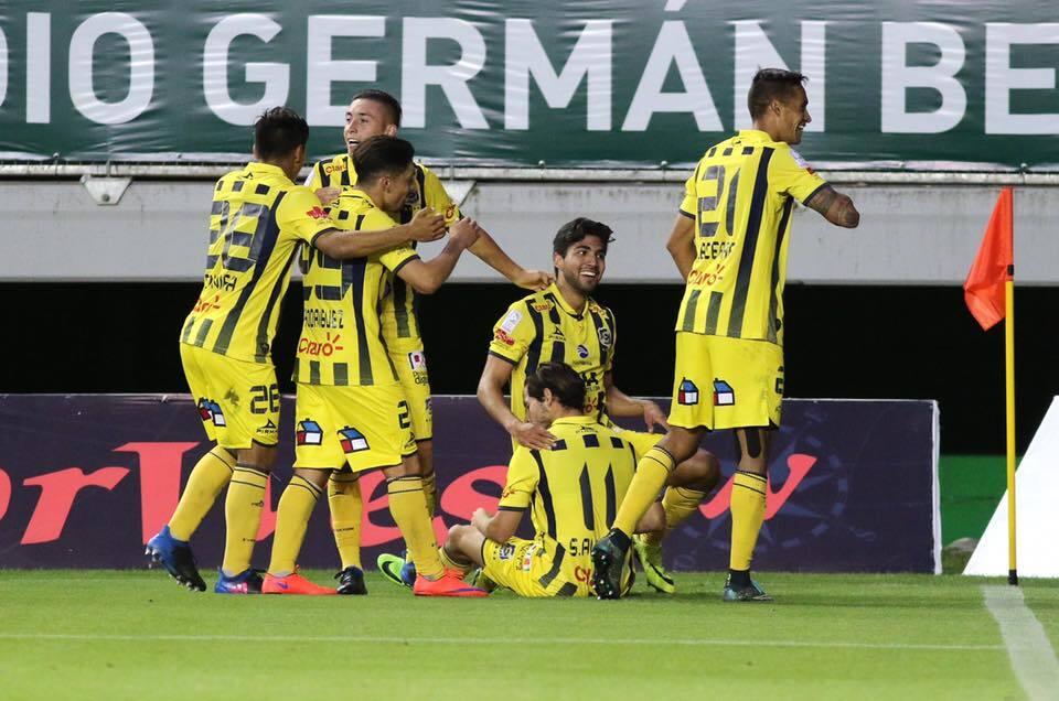 El gol de Guardado lidera lo mejor de los mexicanos en el exterior en es...