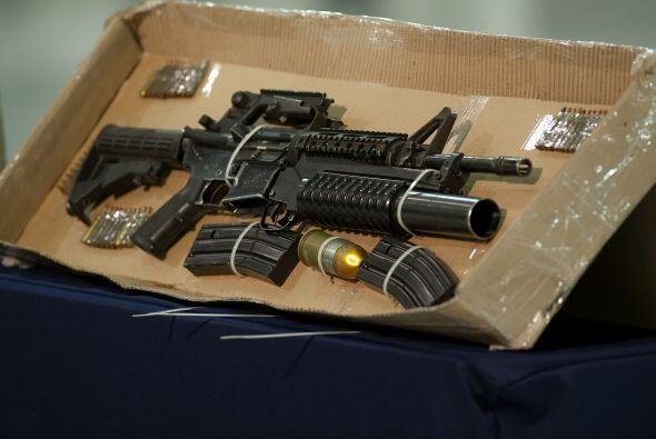 En su detención se le confiscó esta potente arma.