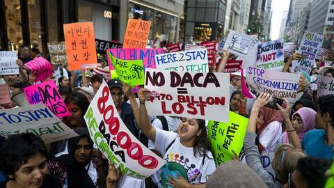 reamers durante una protesta de rechazo a las amenazas de cancelaci&oacu...