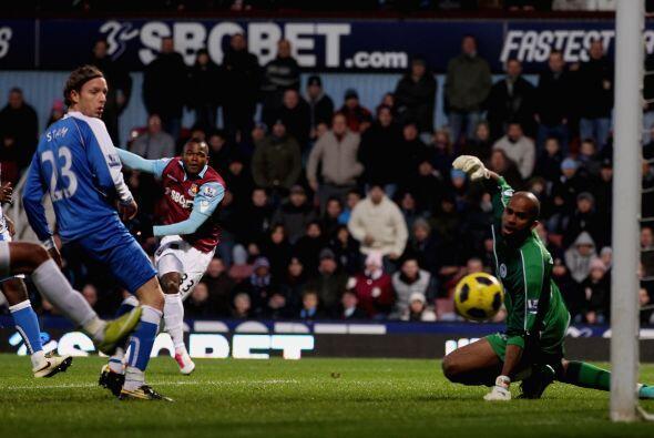 West Ham no perdonó al Wigan y le ganó 3 a 1.