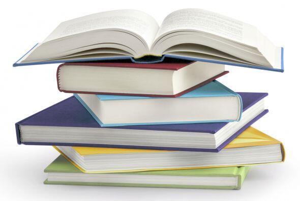 Lecturas aliadas. Dicha revista propone algunos libros como: Jorge el cu...