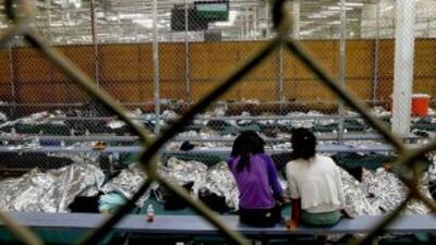 En 2014 más de 66 mil niños migrantes solos fueron detenidos por la Patr...