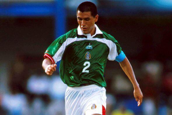 En la Copa Confederaciones 1997 el defensor Claudio Suárez dio positivo...