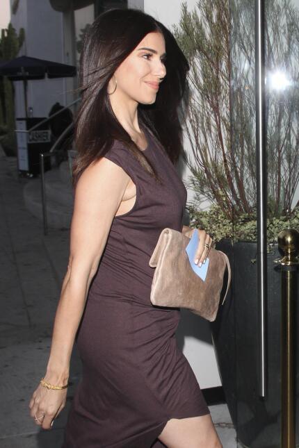 A pesar de la alerta médica, Roselyn Sánchez luce un embarazo radiante b...