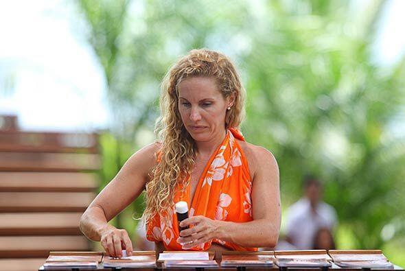 Aunque nació en Argentina, Alejandra vive con su esposo en Puerto Rico,...