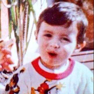 """""""Feliz día del niñooo"""", deseó Paul Stanley. (Abril 30, 2014)"""