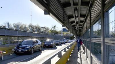 Mayoría de puentes entre México y EEUU amanecieron vacíos tras anuncio de Sessions sobre restricción para solicitantes de asilo