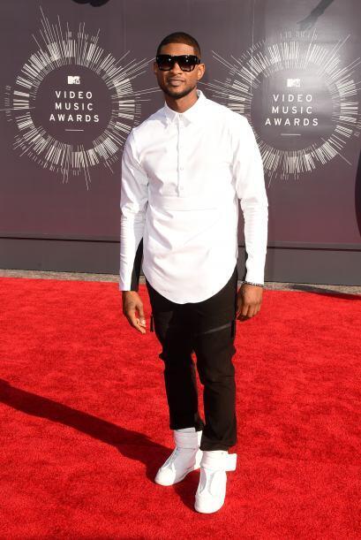 Usher apostó por la tendencia del 'black&white'. ¡Uno de los mejores de...