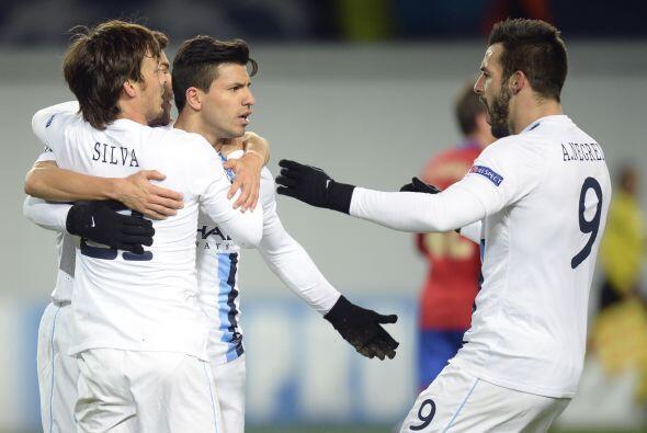 A pesar de que Zoran Tosic había adelantado a los rusos, el 'Kun' marcó...