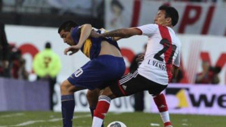 Boca y River intentarán cerrar con un triunfo para paliar las expectativ...