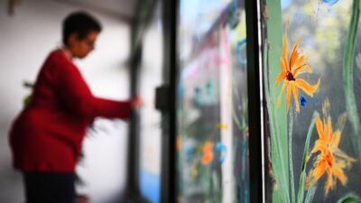 Las personas con discapacidad intelectual envejecen más rápido: este centro los ayuda con juegos y arte