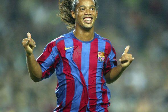 La cosecha de títulos se multiplicaría a su llegada al Barcelona, el 10...