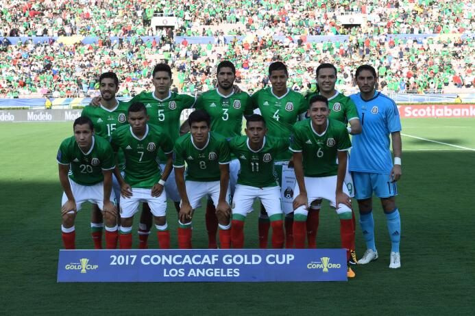 Ridículo nacional: México eliminado de la Copa de Oro GettyImages-821350...