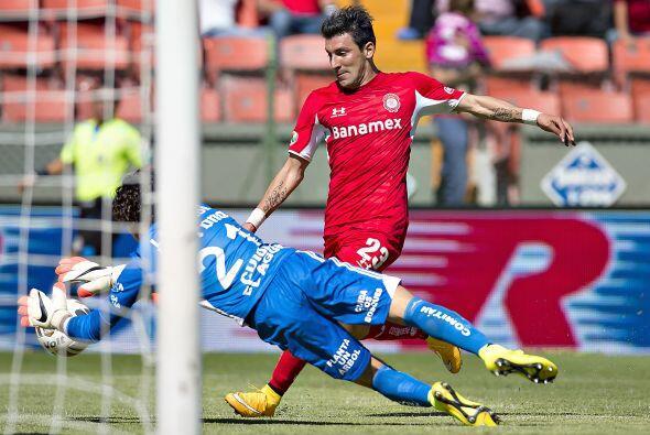 La última clara de gol la tuvo Toluca en un contragolpe de Benítez que a...