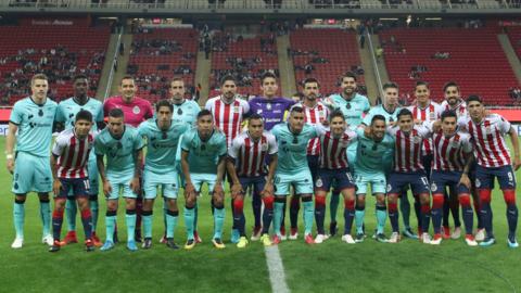 Chivas vs. Santos - Los equipos de la Liga MX y Ascenso MX posaron para...