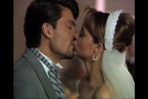 """En 1998 dio vida a """"Carlos Daniel Bracho"""" en el melodrama """"La Usurpadora..."""