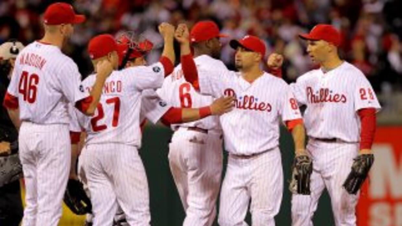 Phillies de Filadelfia derrotaron a San Francisco 6-1 y empataron la Ser...
