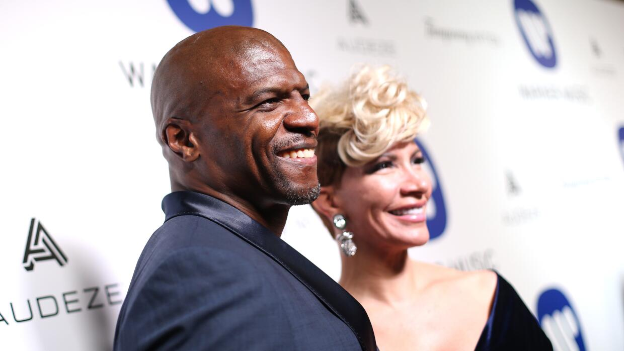 El actor Terry Crews, acompañado de su esposa Rebecca King.
