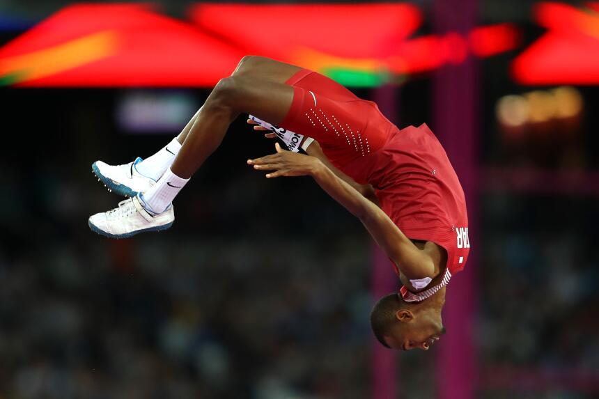 ¿Es de goma? Mutaz Essa Barshim, el campeón del salto alto masculino.