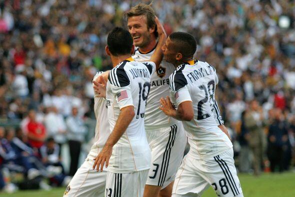 Beckham dejó su sello con un gol de tiro libre de 23 metros al minuto 39.