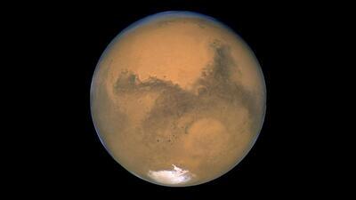 Esta noche, mira al cielo: verás a Marte brillar como nunca en 15 años