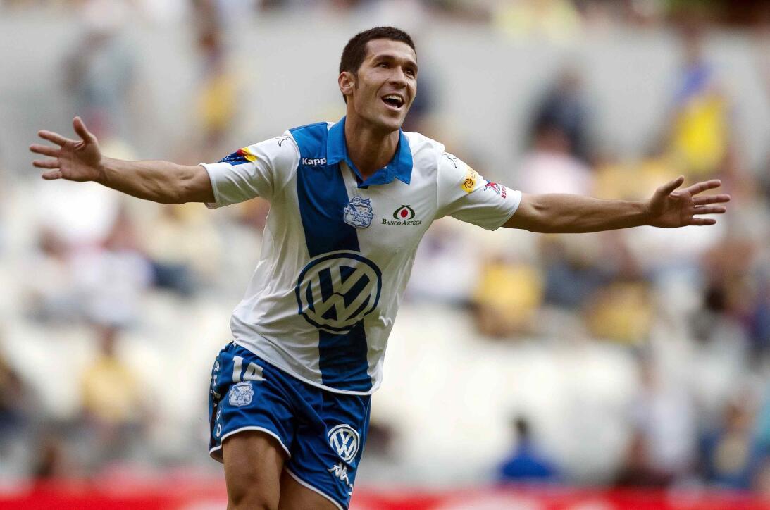 Los goles del español Luis García, que llegó al país tras jugar en Liver...