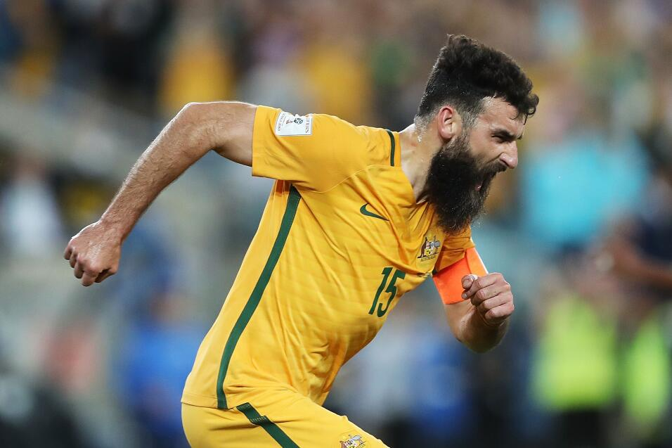 Con un 'hat-trick' de Mile Jedinak, Australia venció 3-1 a Honduras y se...
