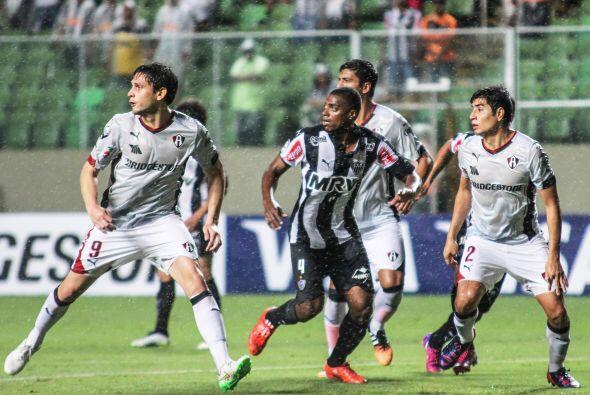 El equipo brasileó no supo aprovechar algunos errores del equipo mexicano.