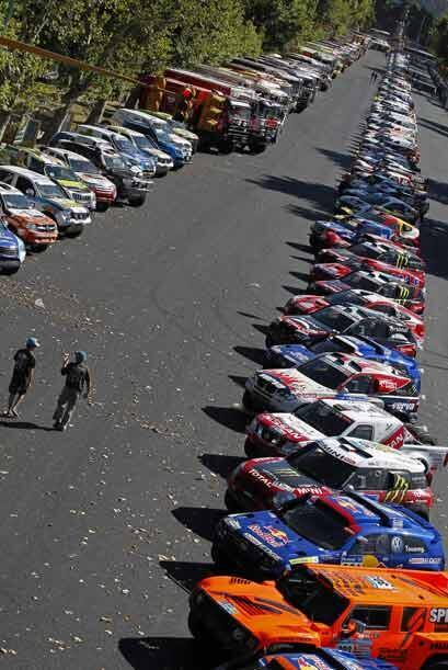 El contingente completo del Rally Dakar 2011 lo componen más de 500 vehí...