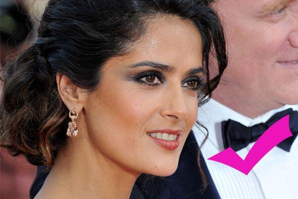 Pero Salma se pone más guapa con cada año que pasa, lo mismo no sucede c...