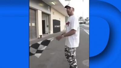 ¡Con estilo! Lewis Hamilton recibió clases de Will Smith sobre cómo ondear las banderas de F1