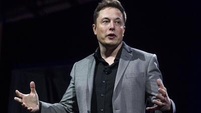 Por qué uno de los rescatistas de los niños en Tailandia quiere demandar a Elon Musk