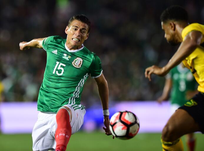 El ranking de los jugadores de México vs Jamaica 30-GettyImages-53914271...