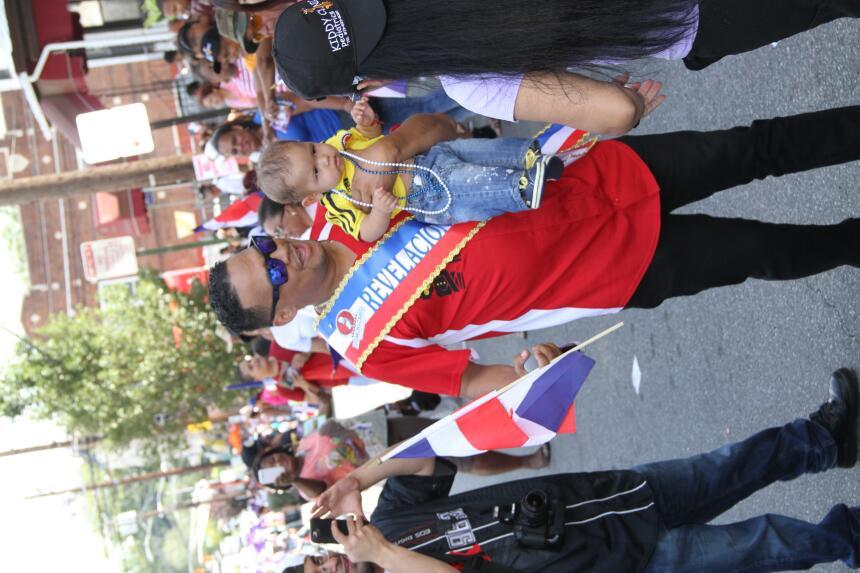 Celebra La X en el Desfile Dominicano en NJ IMG_1866.JPG