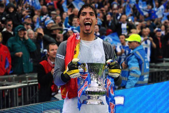 El arquero del Wigan no le permitió gol al Manchester City y así los 'La...