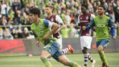 Nico Lodeiro festeja gol Seattle Sounders vs. Colorado Rapids