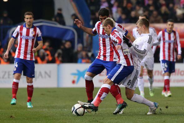 El Atlético llevó a Real Madrid al terreno que quería y los blancos come...