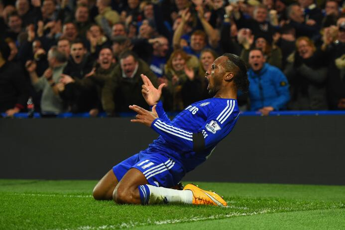 El álbum de fotos de la colorida carrera de Didier Drogba GettyImages-45...