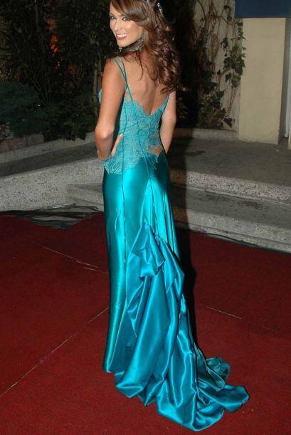 Con este vestido azul demostró que tiene el mejor gusto para vestir.