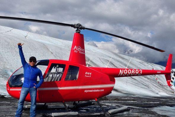 Raul cumple años en este mes y para celebrarlo, realizó un viaje a Alaska.