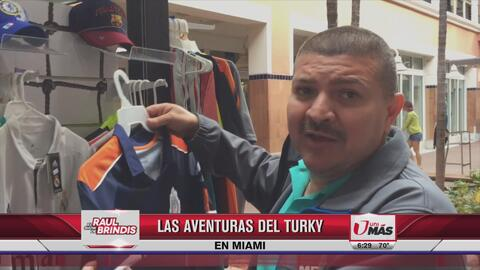 Buscando la playera del Cruz Azul en Miami