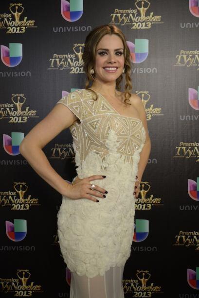 Luz Elena González se vio muy guapa al terminar la celebración.