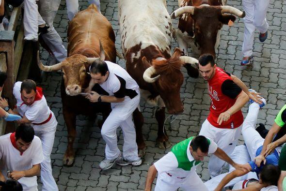 La fiesta de San Fermín o Sanfermines comienza con el lanzamiento del ch...