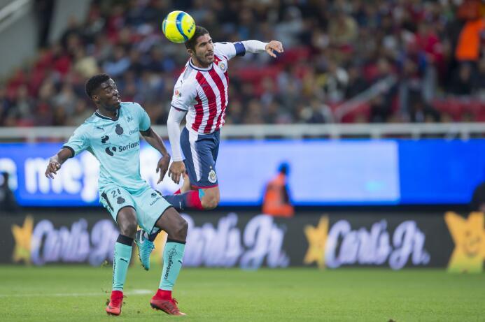 En fotos: Chivas toca fondo cortesía de Santos 20180210-3452.jpg