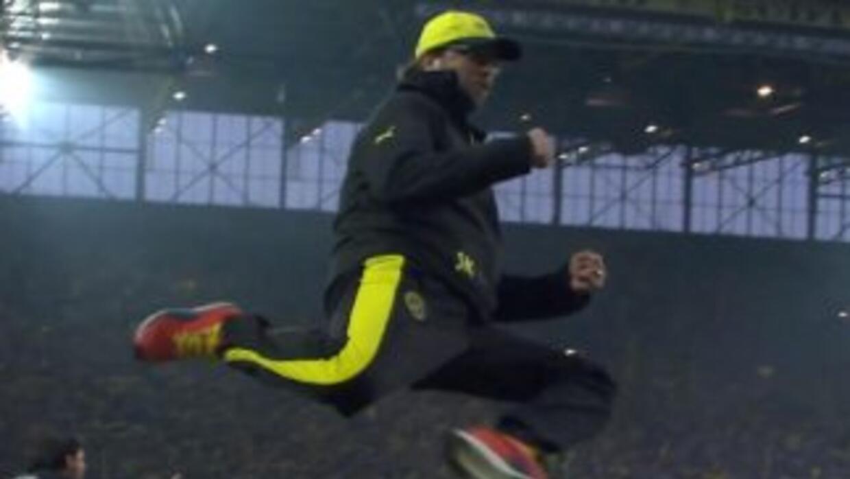 Vaya resorte que tiene el entrenador del Dortmund.