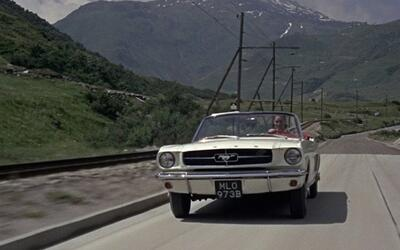 Autos y Famosos Tilly_Mustang.jpg