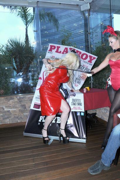 Sabrina se tropezó y se abalanzó contra su propio p&oacute...