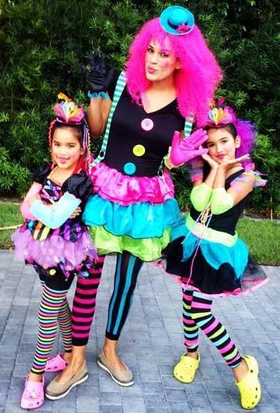 """Happy Halloween! De parte de tres traviesas muñequitas! #mismuñequitas""..."