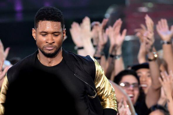 Usher fue uno de los consentidos del público.