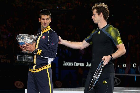 Además, el serbio igualó en número de victorias a Andre Agassi y Roger F...